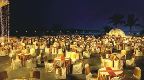 Destination Weddings near Mumbai at The Retreat Hotel and Convention Centre Madh Island Mumbai