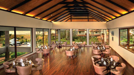 Essence Restaurant, Niraamaya Retreat Backwater and Beyond, Restaurants in Kumarakom 2
