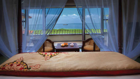 Superior Lake View Villa, Niraamaya Retreats, Resort in Kumarakom 4