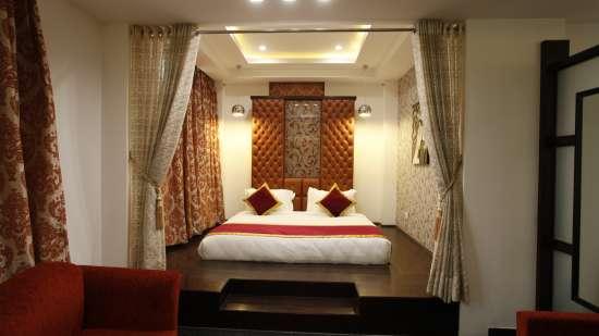 Suite Hotel Saffron Dehradun 3