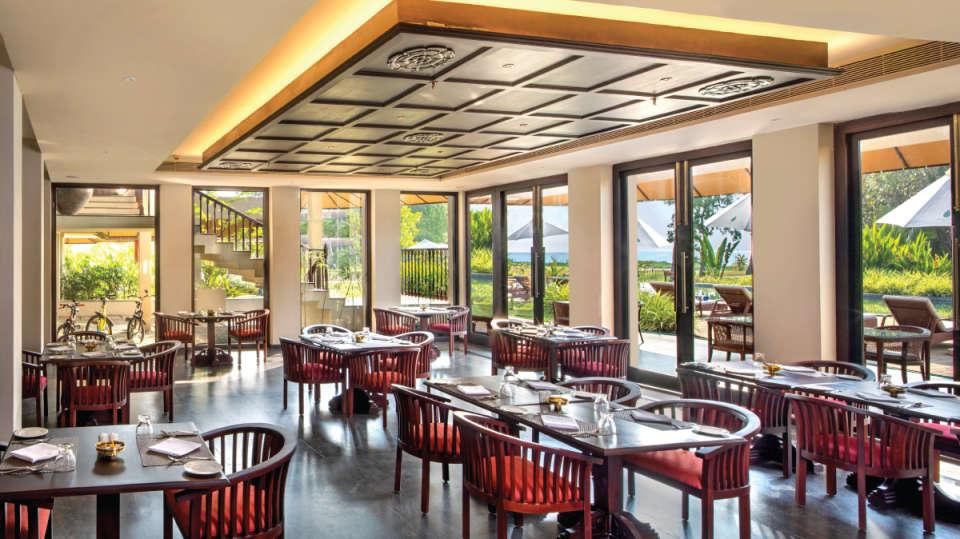 Cafe-Samsara-Niraamaya-Retreats-Kumarakom-All-dining-Restaurant