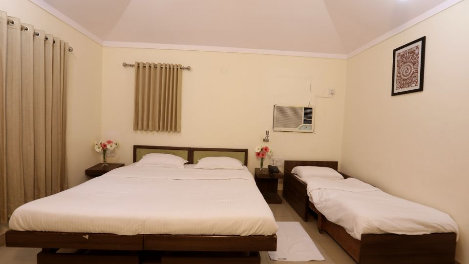 Cocoon Room Interior - Sajan 2