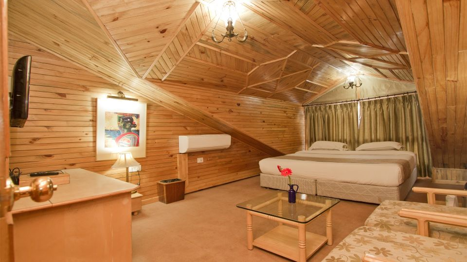 The Manali Inn Hotel Suite Upper Level