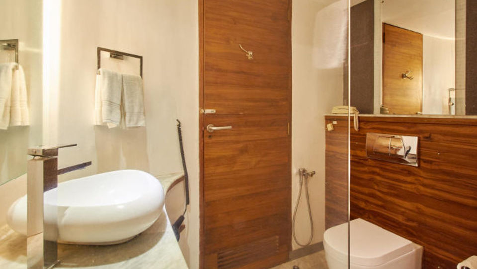 Sea Facing Room Washroom The Promenade Pondicherry