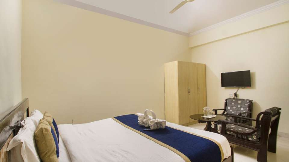 Rooms at Hotel NirmalVilla Cherry Service Apartment - Begumpet Hyderabad 6