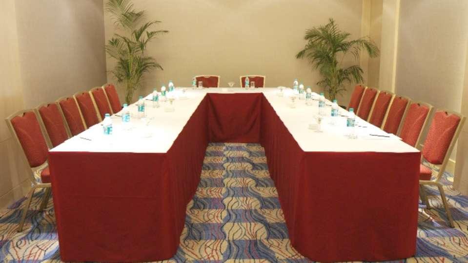 Banquets Grand Sarovar Premiere Mumbai 13