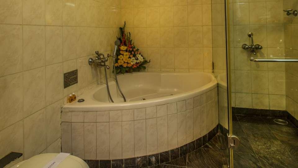 Hotel Pai Viceroy, Jayanagar, Bangalore Bangalore Hotel Pai Viceroy Jayanagar Suite Bath Area