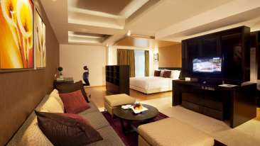Executive Suites at Davanam Sarovar Bangalore, Hosur Hotels in Bangalore 5