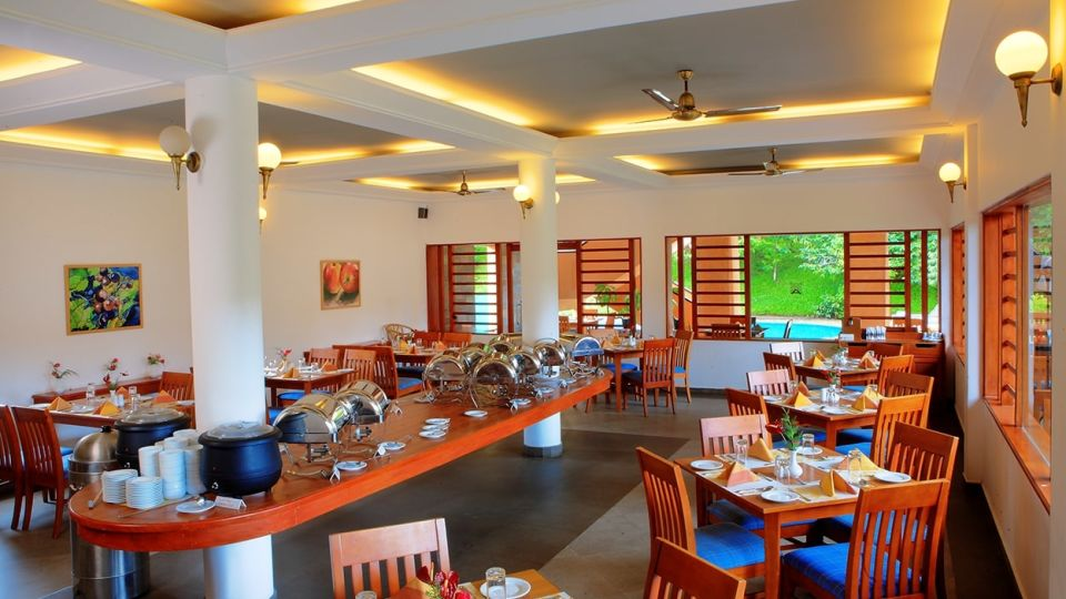 Multicuisine restaurant in Thekkady, Places to eat in Thekkady, Abad Green Forest, Thekkady- 13