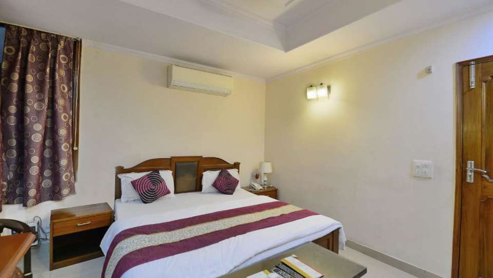 Hotel Kashish Residency & Banquet Noida 7c0ee1ae559c11e7abb7025f77df004f
