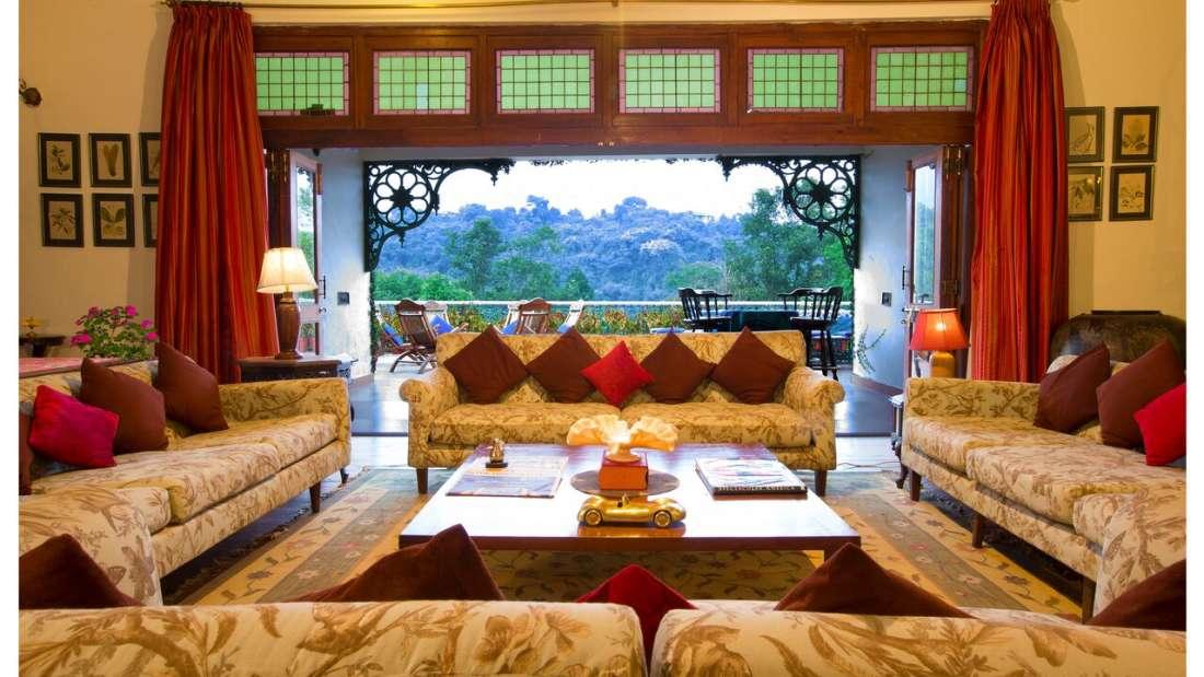 Living Room Shaheen Bagh Resort Dehradun