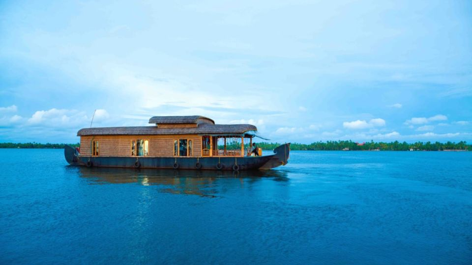 IMG-20190922-WA0019, Houseboats in Alleppey, luxury houseboats in Alleppey, premium houseboats in Alleppey, backwater cruise in Kerala, luxury houseboats in Kumarakom, houseboat cruise in Kumarakom, best houseboats in Kerala