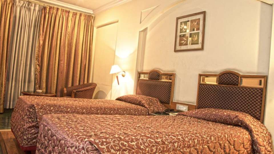 Hotel Maurya, Bangalore Bangalore Double Bed Deluxe Hotel Maurya Bangalore