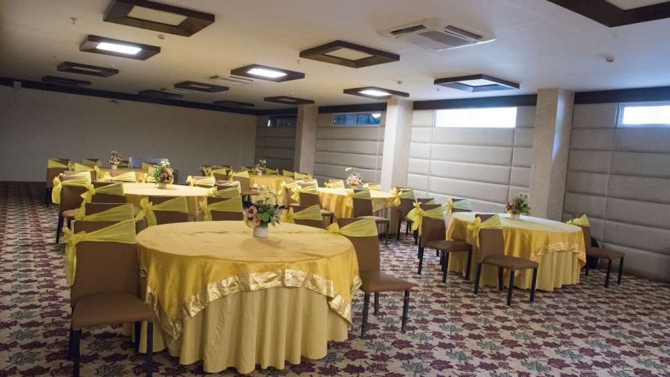Ukti Banquet Hall 2 Udman Hotels Resorts - Mahipalpur New Delhi Hotel in Karol Bagh