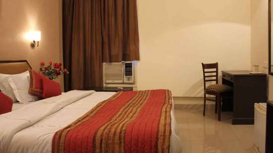 Club rooms at Hotel Doves Inn Gurgaon