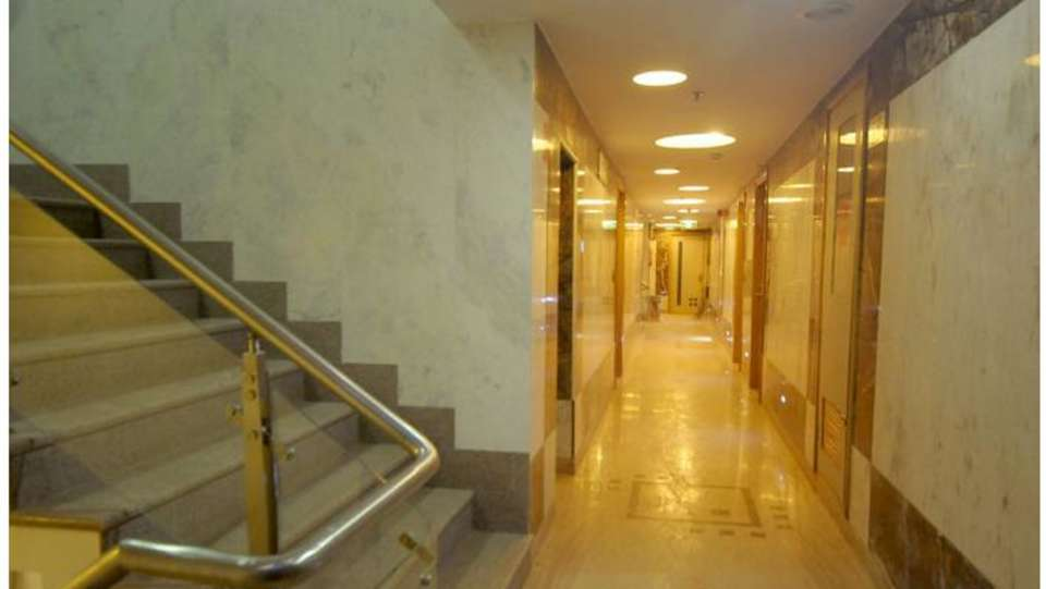 Hotel Malik Continental New Delhi And NCR 49280255