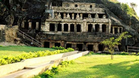 Undavalli Caves Hotel Southern Grand Places To Visit in Vijayawada