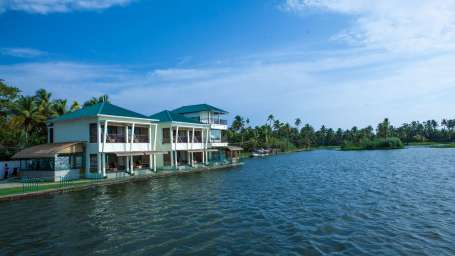 Kadavil Lakeshore Resort, Alappuzha Alappuzha View Kadavil Lakeshore Resort4