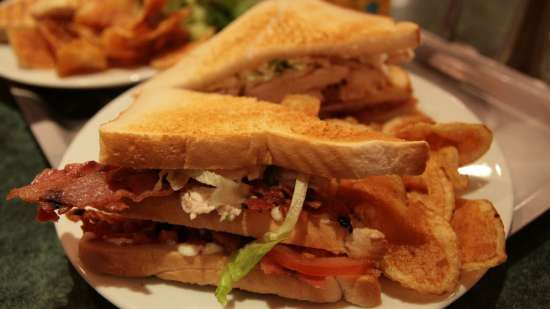 Raj Park Hotels Group  Club-sandwich
