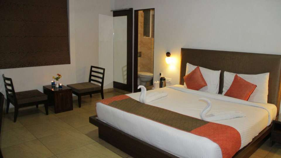 premium rooms TGI Apple Inn Jaipur 1