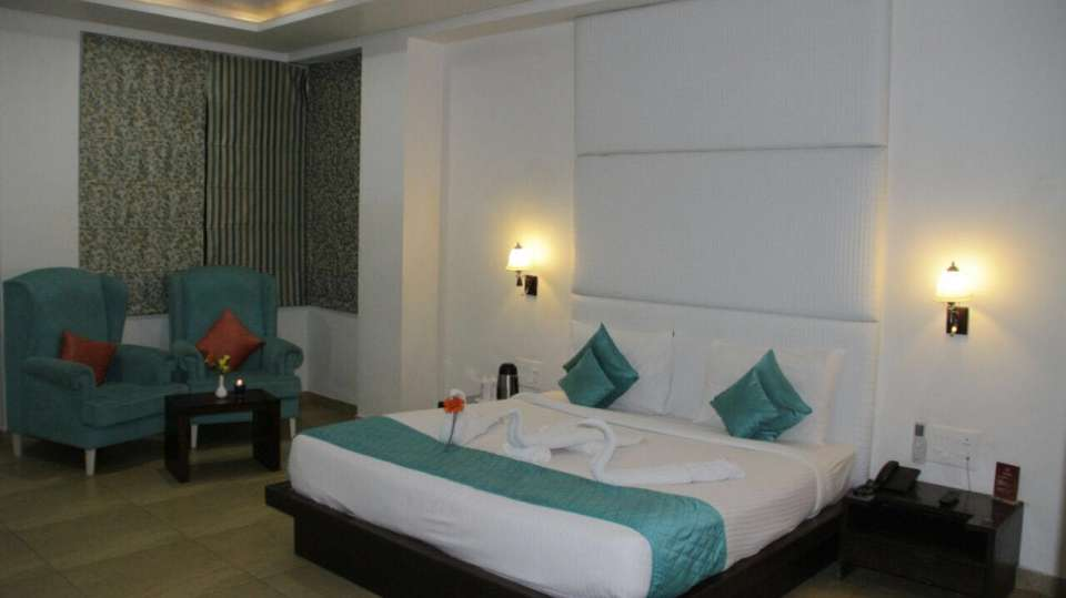 suite TGI Apple Inn Jaipur 1