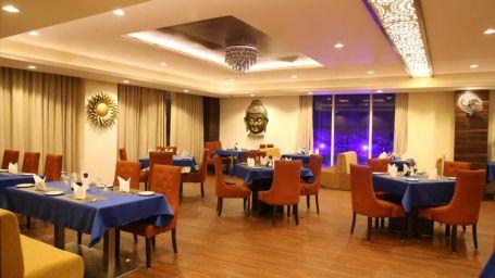 Tulip Restaurant by Hotel 5 Flowers Kota