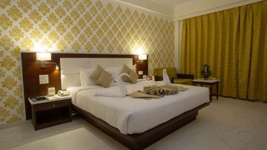 Club Room Hotel Kanha Shyam Prayagraj