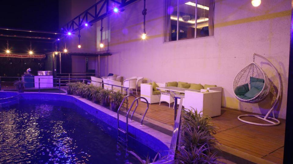Best Hotel in Kota Hotel 5 Flowers 2