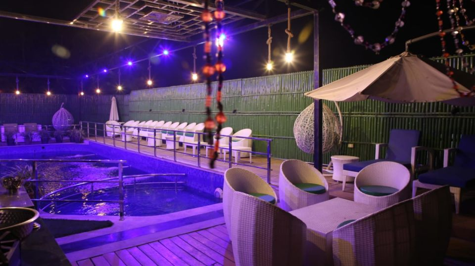 Best pool side party venue in Kota Hotel 5 Flowers