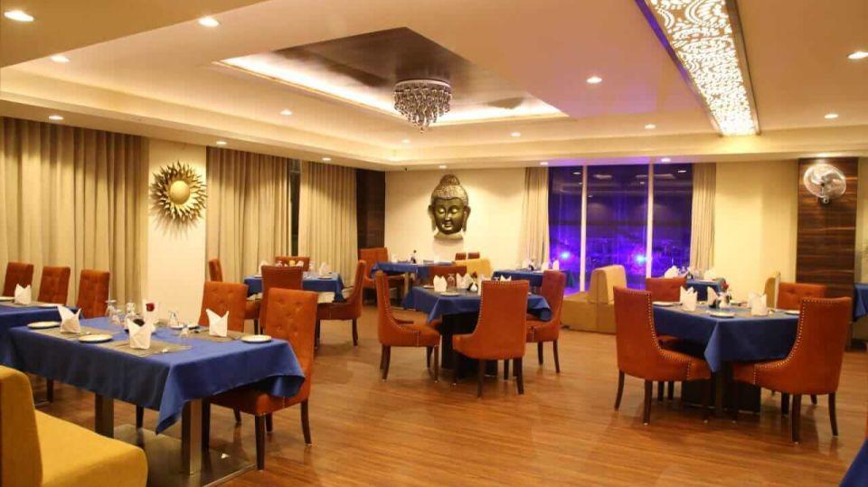 Tulip Restaurant Hotel 5 Flowers