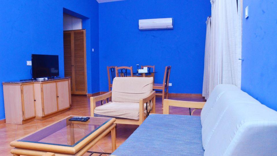 Suite Rooms Leaving room