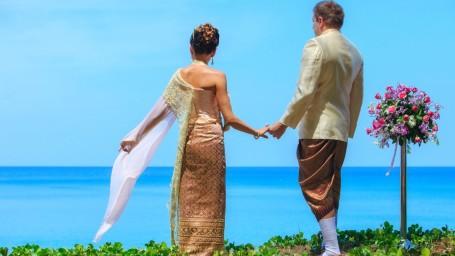 thai wedding at natai beach resort in phang-nga