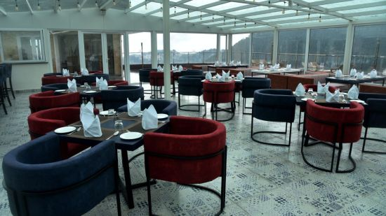 The House of Glass - rooftop restaurant in Shimla 2