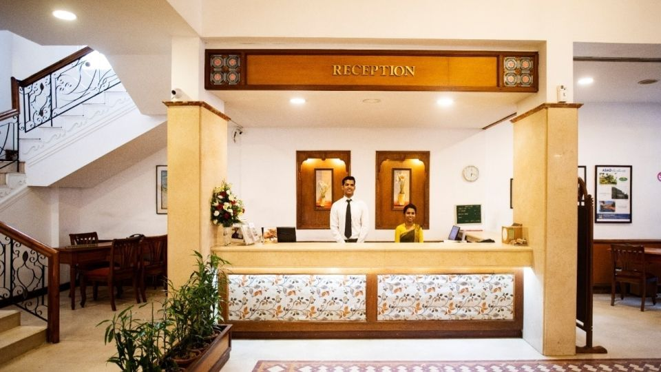 3-star-business-class-hotel-Abad-Plaza