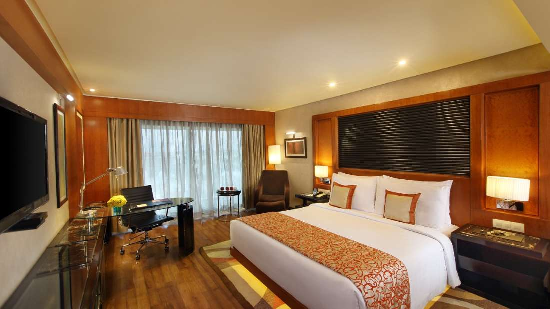 Superior Room with City City View Hotel Gokulam Grand Bangalore