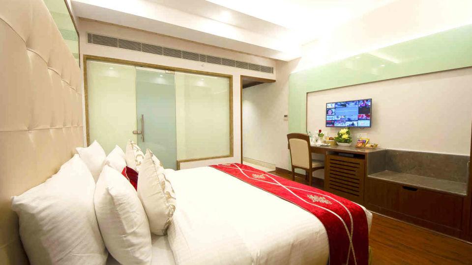 Hotel Swaran Palace, Karol Bagh, New Delhi New Delhi Premium Room Hotel Swaran Palace Karol Bagh New Delhi