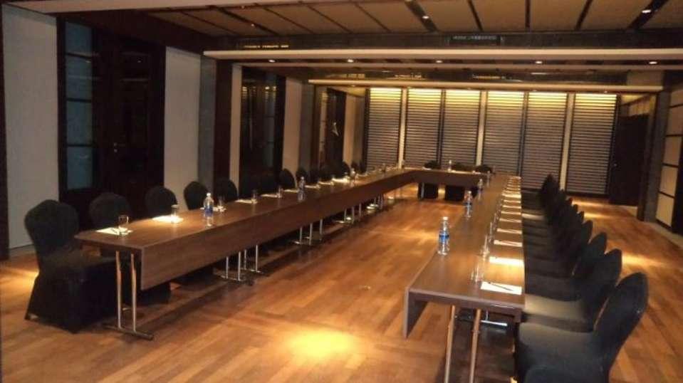 Conference Banquet Vasundhara Sarovar Premiere Vayalar 4