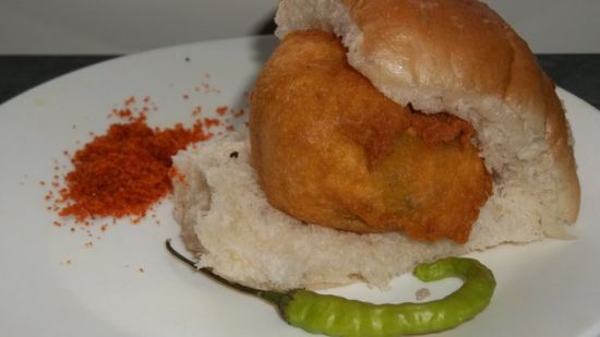 Vada Paav-The Mumbai Burger
