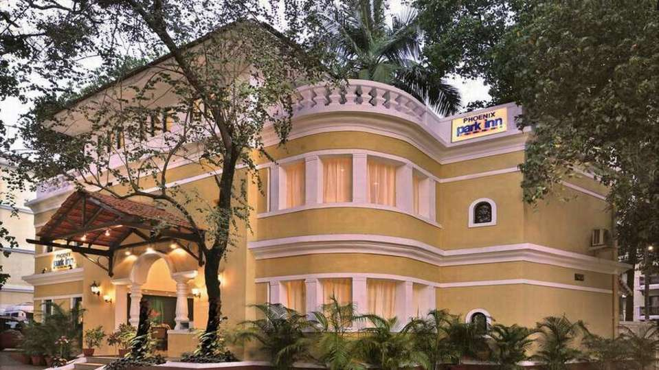 Facade Phoenix Park Inn Resort Goa 4