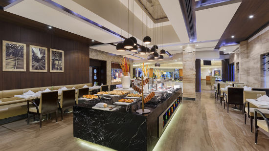 Restaurant at Park Plaza Ludhiana 5 Star Hotel in Ludhiana
