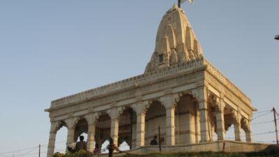 Takteshwar Temple Bhavnagar, Explore Bhavnagar ,Efcee Sarovar Portico | Hotels in Bhavnagar