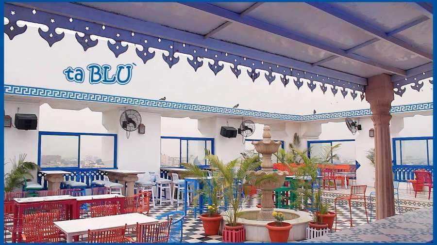 interior of ta BLU`- Rooftop Bar in Jaipur, Clarks Amer Jaipur