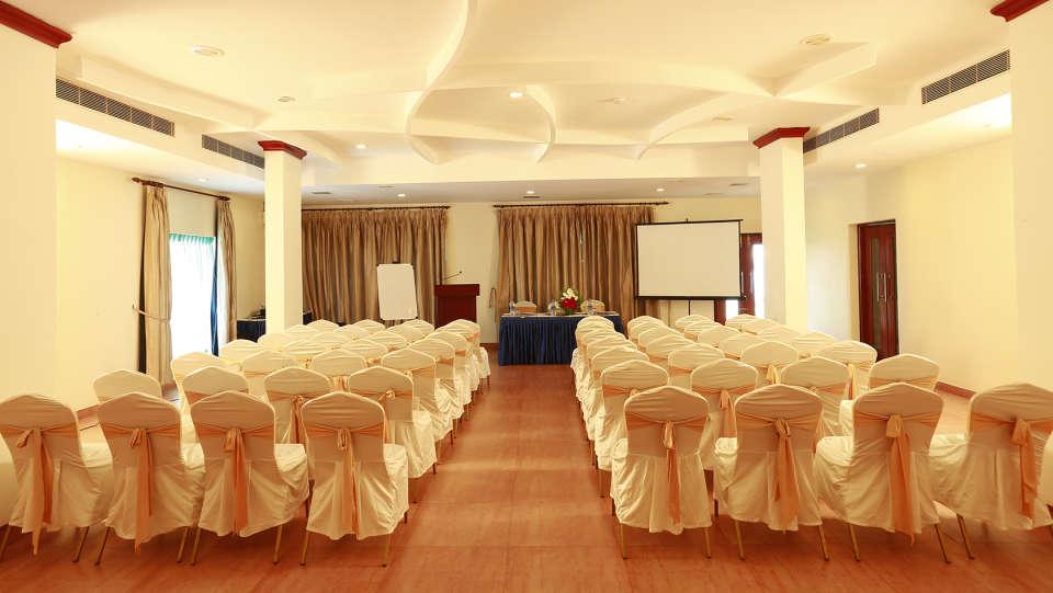 Renai Blue Waters Cherai Resort 4