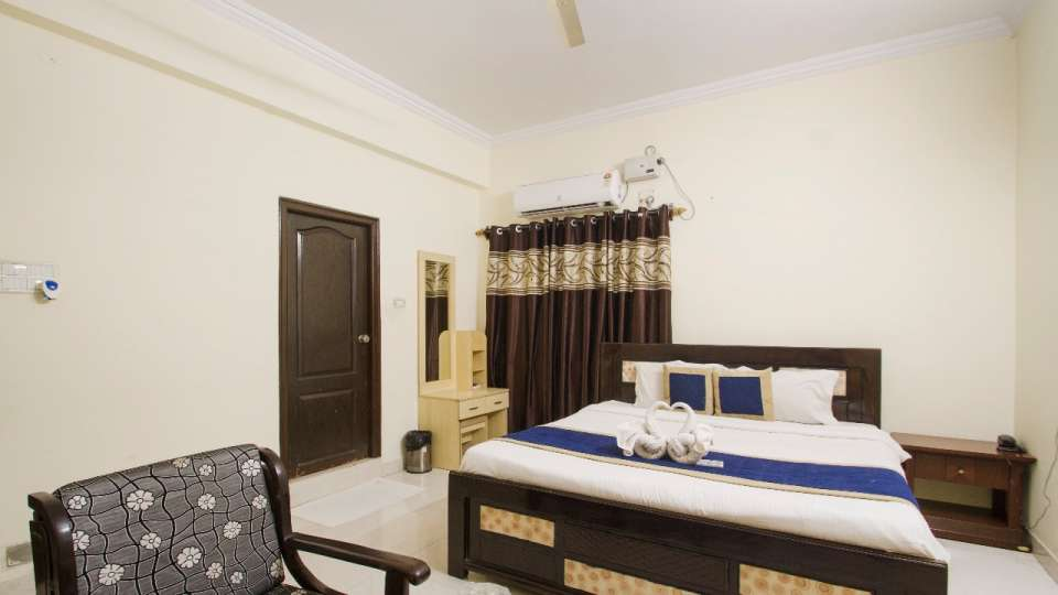 Rooms at Hotel NirmalVilla Cherry Service Apartment - Begumpet Hyderabad 7