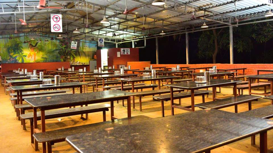 Dining Hall - Durshet 1