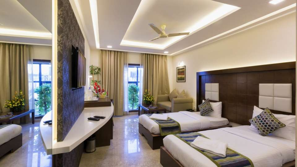 Hotel Suvarna Inn, MG Road, Bangalore Bangalore Suite  Hotel Suvarna Inn  MG Road  Bangalore