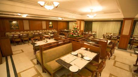 The Rialto Hotel Bangalore Bangalore Peppermill Restaurant 8  The Rialto Hotel Bangalore