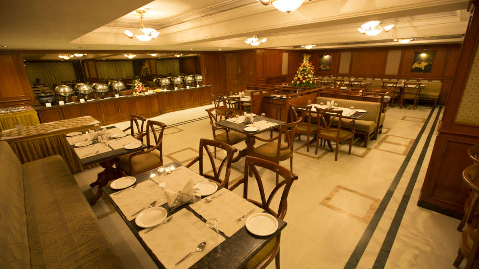 The Rialto Hotel Bangalore Bangalore Peppermill Restaurant  The Rialto Hotel Bangalore