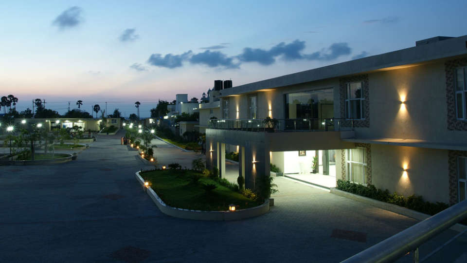 Landmark Pallavaa Beach Resort, Mahabalipuram Mahabalipuram Facade Landmark Pallavaa Beach Resort Mahabalipuram 2
