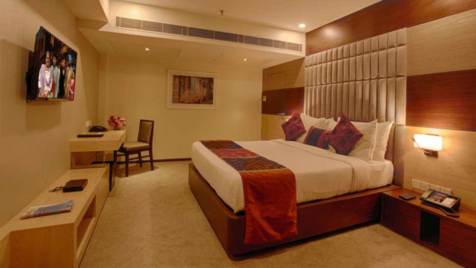 Club Superior Room Levana Hotel Hazratganj Hotels